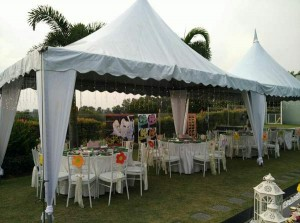 Khemah/ Kanopi Outdoor White Theme 1